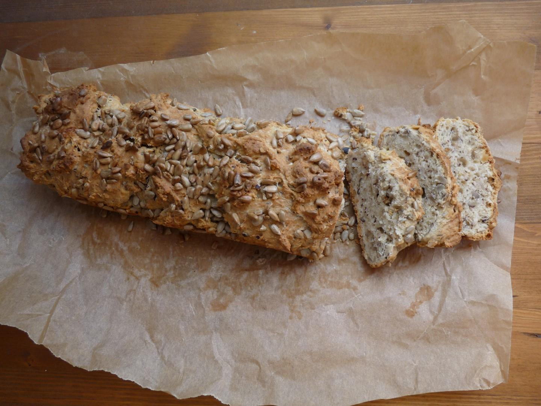 Orašasti kruh sa sjemenkama