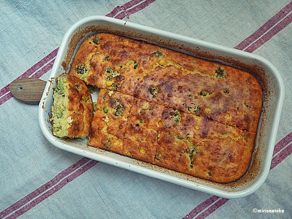 Kukuruzna pita sa svježim sirom i brokulom