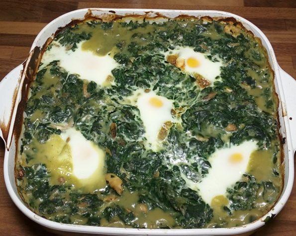 zapecena jaja u spanacu