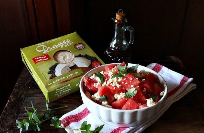 Osvježavajuća salata od lubenice, mente i sira