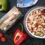 Salata od graha i slanutka s dimljenim sirom